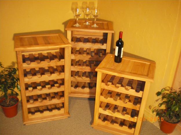 Dise o integral en madera cavas - Cavas de vino para casa ...